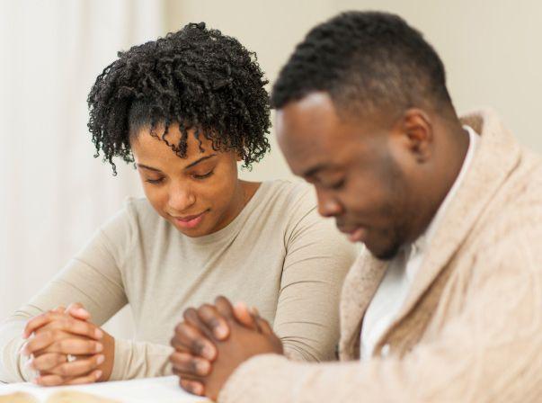 WHY SINGLE MEN DO NOT DATE WOMEN IN THEIRCHURCH
